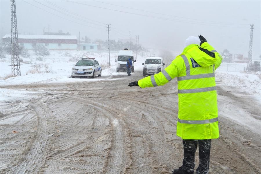 Resim Zonguldak'ta 1 Aralık'tan İtibaren Kış Lastiği Zorunluluğu