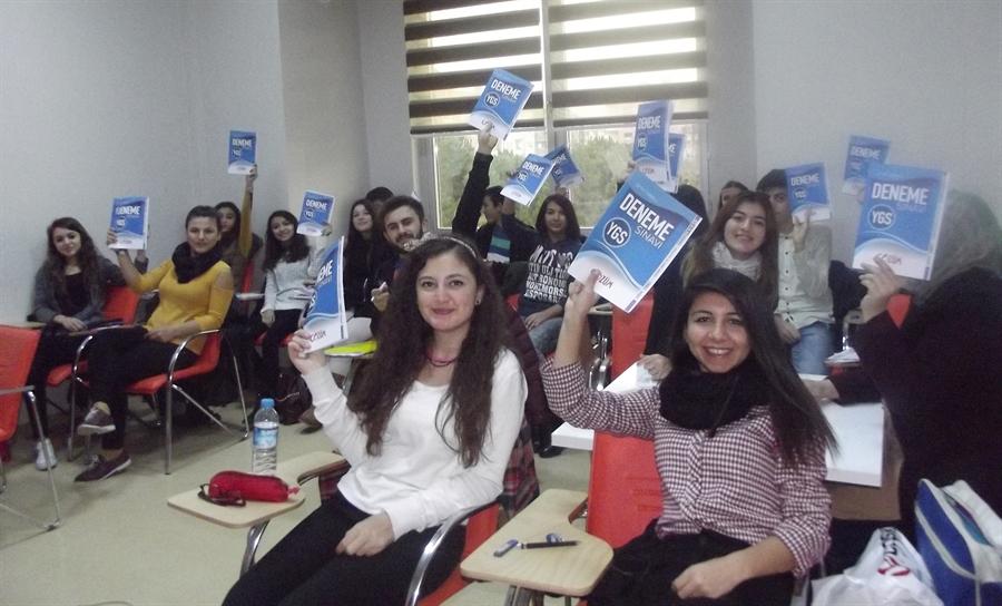 Resim Öğrencilerden, Kaymakam Keçeli'ye Teşekkür
