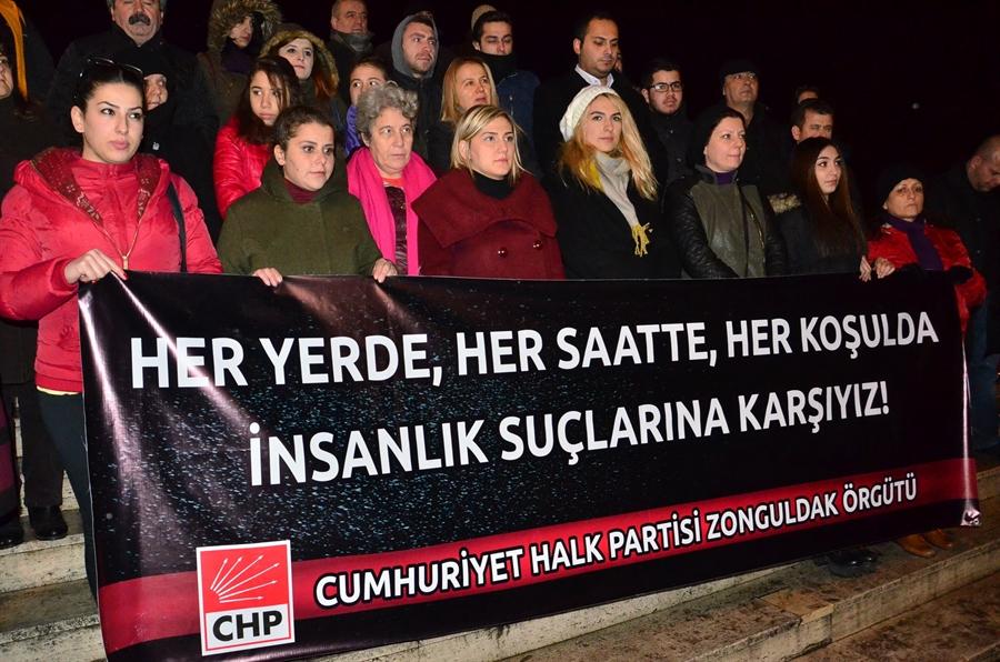 "Resim CHP'li Üyelerden ""Tecavüz"" Protestosu"