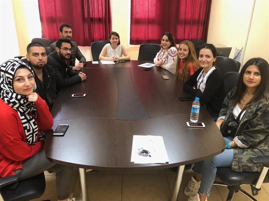 Resim Sağlık Bilimleri Fakültesi Dekanı Prof. Dr. Sevim Çelik, Öğrenci Temsilcileri ile Görüştü