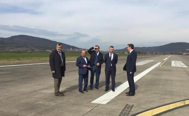 Resim Vali Erdoğan Bektaş, Zonguldak Havalimanında İncelemede Bulundu