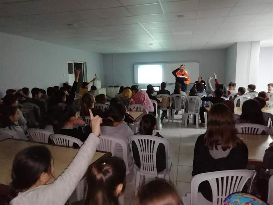 Resim AFAD Ekipleri Öğrencilere Eğitim Verdi